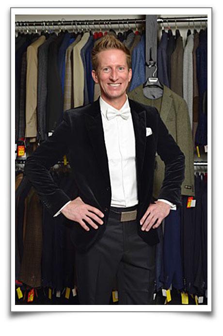 tyler-quick-battle-of-the-suits-black-tux
